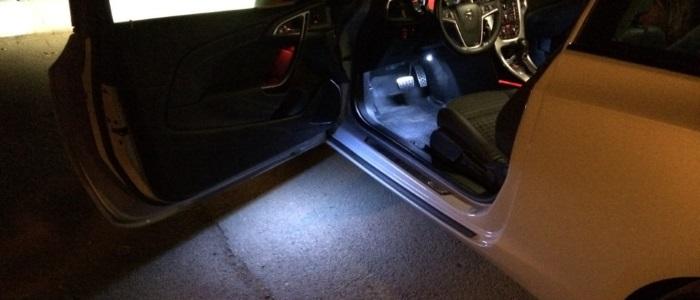 подножная подсветка автомобиля