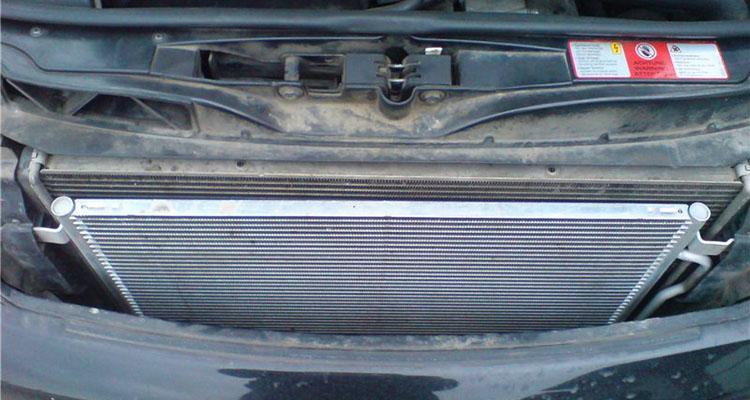 конденсатор автомобиля